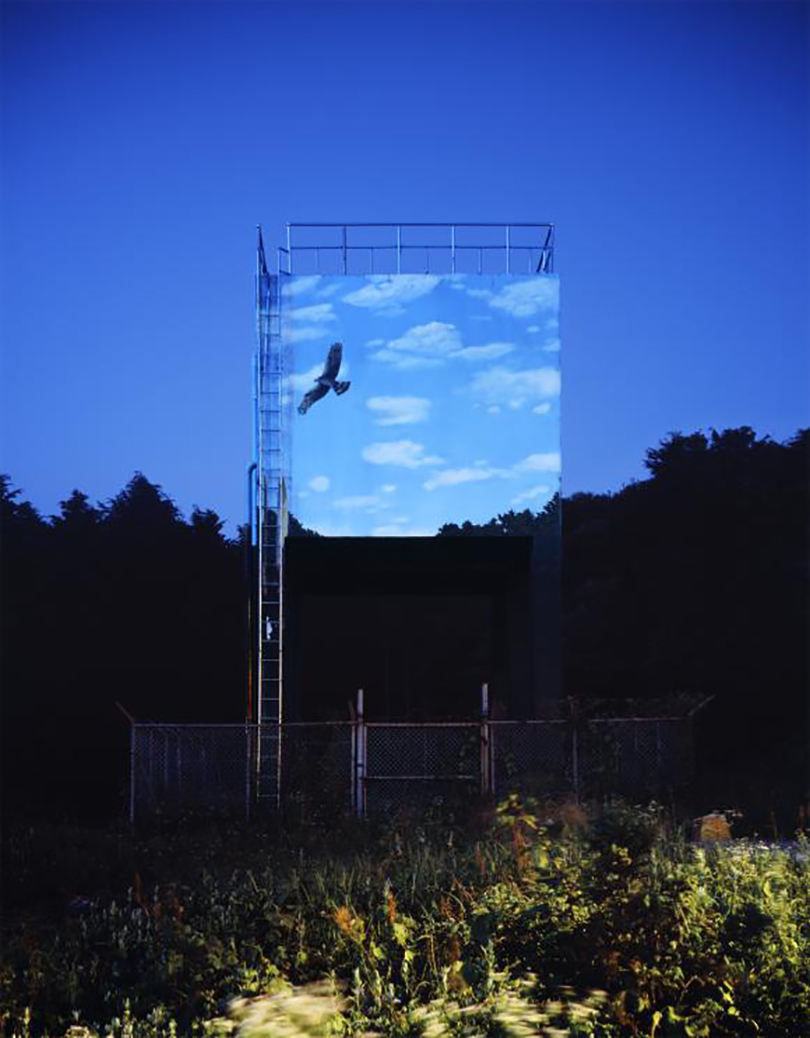 Han Sung-pil _Fly High into the Blue Sky_chromogenic print_2012