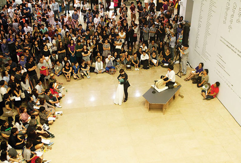 siren eun young jung, 'Le Nouveau Monde Amoureux', 2014, Opening performance of the Mediacity Seoul 2014.