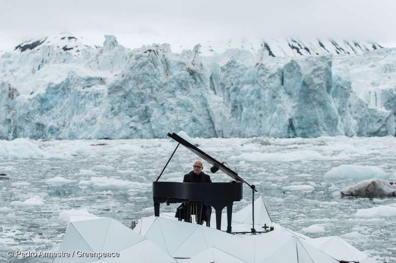 "Ludovico Einaudi, 〈Elegy for the Arctic〉, video, 3m 13sec, 2016. ⓒ Pedro Armestre / Greenpeace In June 2016, Einaudi, an Italian composer and pianist, playing ""Elegy for the Arctic"" on his grand piano in front of an Arctic glacier."