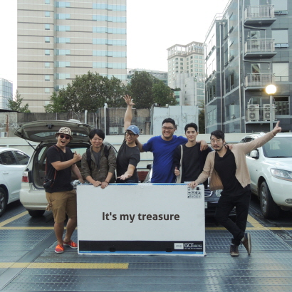 Treasure island Collective (Dongchan Kim, Seonghong Min, Mingyu Song, Jinyo Choi, Seokjun HA, Gyunghyun Hwang, In order from left to rignt)