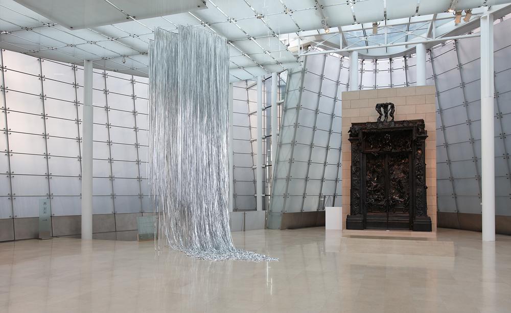 김소라_ 풍경: 한 지점으로부터 지속적으로 멀어지는 확산운동_ sound, installationin collaboration with Jang Younggyu_ dimensions variable_ 2012