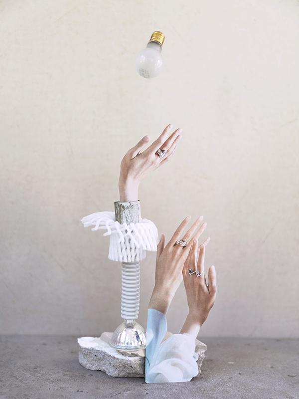 박미정, 〈보내야 하는 사물들을 위한 정물〉, 2018. 50x37.5cm. ⓒ작가 ⓒ공간291