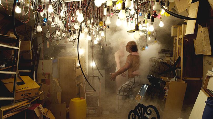 호 추 니엔, 〈미지의 구름〉, 2011. 싱글 채널 비디오, 컬러, 사운드, 30분. 《상상적 아시아》 전시