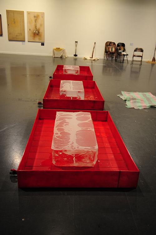 김구림, 현상에서 흔적으로(From Phenomenon to Traces), 1969. Plastic Box, Ice, Transparent Paper, 480.0×110.0×80.0cm.